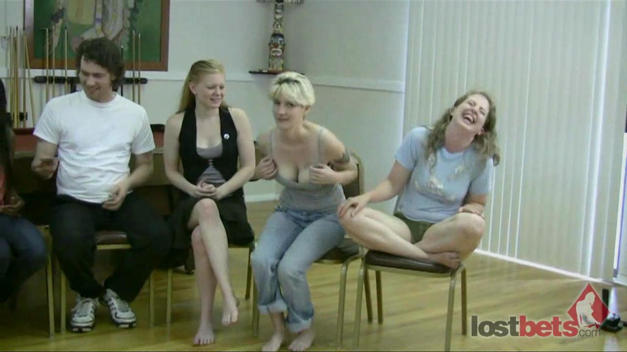 1 Amateur Movies - Strip Screw Your Neighbor with 6 girls and 3 guys (HD)